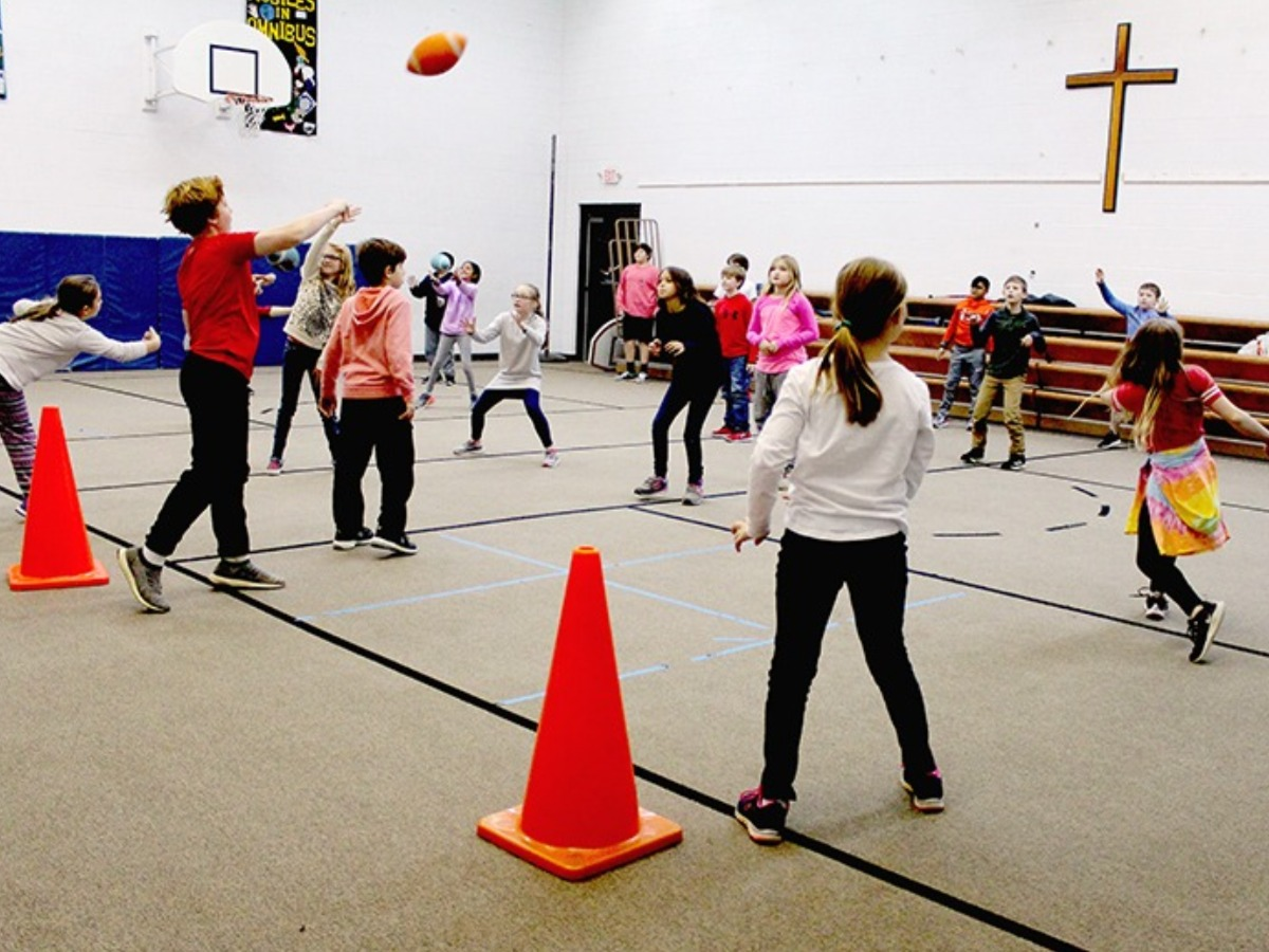 Lower Primary students sports games in the gym